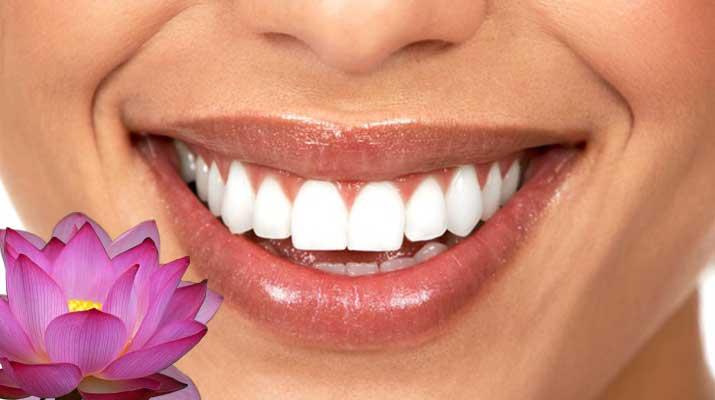 Как отбелить зубы дома