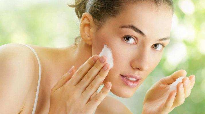 Правильный уход за сухой кожей лица